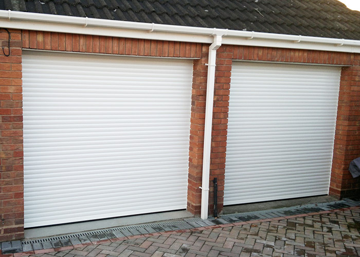 Inside-view-of-insulated-roller-door-with-full-box-and-vision-panels